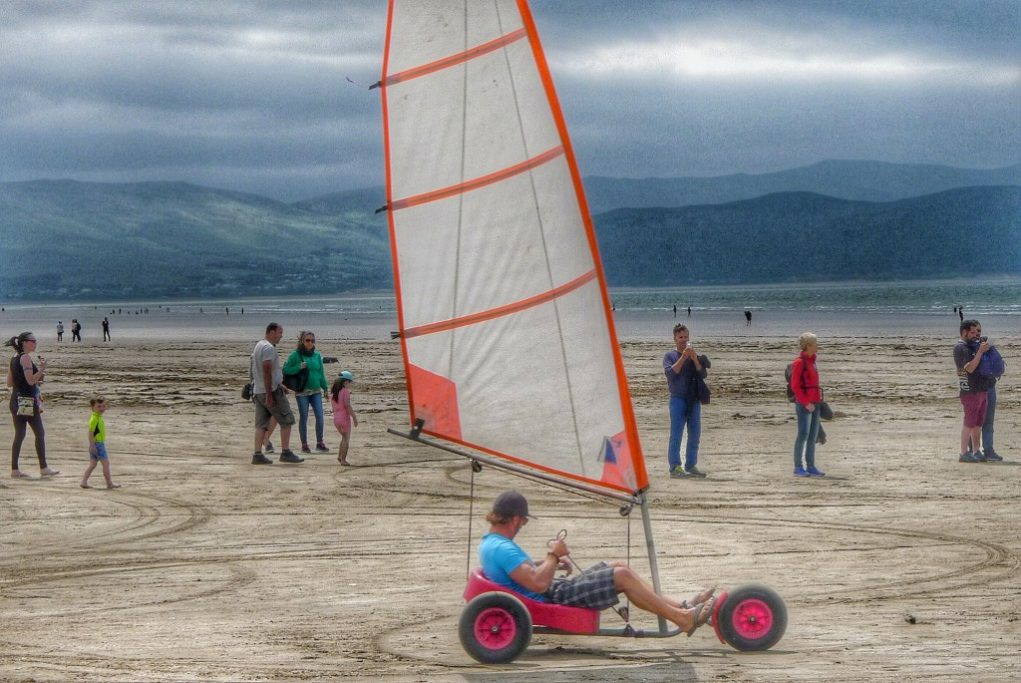 At Inch Beach we took a break to watch people take surf lessons and to watch this dude with the land sailing cart scare a bunch of other tourists.