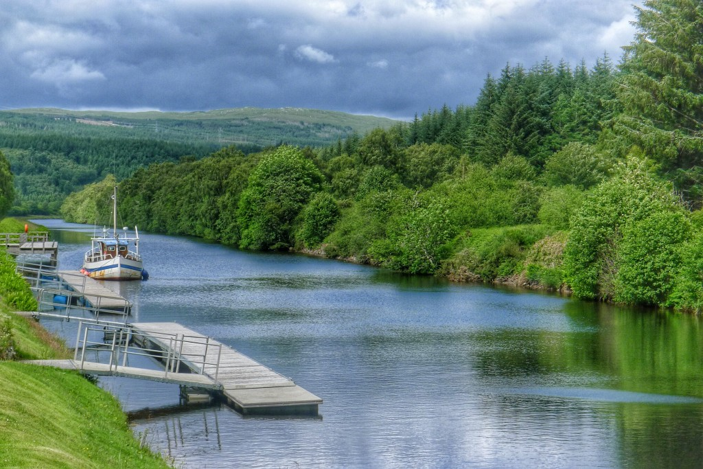 Along the tow path to Fort Augustus sail boats dock to make their way through the locks.